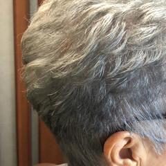 ショート ベリーショート エレガント グレーカラー ヘアスタイルや髪型の写真・画像