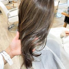 艶髪 透明感カラー セミロング ナチュラル ヘアスタイルや髪型の写真・画像