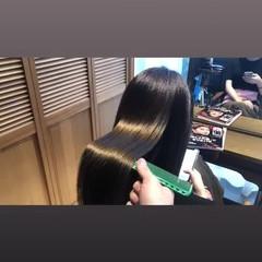 ストレート ツヤ髪 ナチュラル 艶髪 ヘアスタイルや髪型の写真・画像