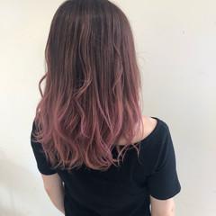 エレガント ピンク ピンクブラウン グラデーションカラー ヘアスタイルや髪型の写真・画像