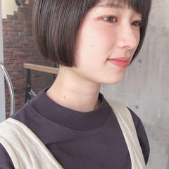 ボブ グレージュ ショートボブ ナチュラル ヘアスタイルや髪型の写真・画像