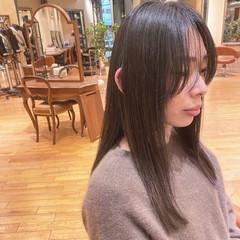 ロングヘア ロング 艶髪 ナチュラル ヘアスタイルや髪型の写真・画像