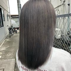 アッシュグレー 外国人風カラー グレー ナチュラル ヘアスタイルや髪型の写真・画像