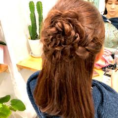 ハーフアップ 編み込み フェミニン ヘアアレンジ ヘアスタイルや髪型の写真・画像