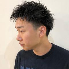メンズパーマ ストリート メンズスタイル 刈り上げショート ヘアスタイルや髪型の写真・画像