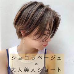 ショート ハイトーンカラー 大人ショート 大人ハイライト ヘアスタイルや髪型の写真・画像