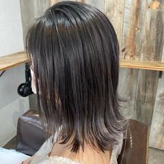 ミルクティーベージュ ウルフカット ブリーチ ハイトーン ヘアスタイルや髪型の写真・画像