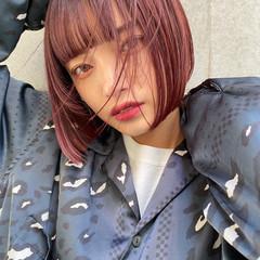 ショートヘア 切りっぱなしボブ モード ショートボブ ヘアスタイルや髪型の写真・画像