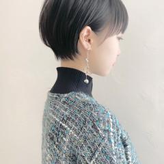 ショートヘア 耳掛けショート ショート マッシュ ヘアスタイルや髪型の写真・画像