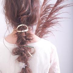 結婚式ヘアアレンジ ふわふわヘアアレンジ ヘアアレンジ ナチュラル ヘアスタイルや髪型の写真・画像