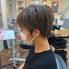 アッシュ シルバーアッシュ ショート ショートヘア ヘアスタイルや髪型の写真・画像
