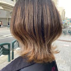 ナチュラル グレージュ インナーカラー アッシュグレージュ ヘアスタイルや髪型の写真・画像