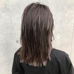 フェミニン ミディアム グラデーションカラー グラデーション ヘアスタイルや髪型の写真・画像