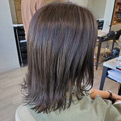 切りっぱなしボブ セミロング ナチュラル 暗髪 ヘアスタイルや髪型の写真・画像