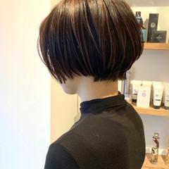 ショート ナチュラル ショートヘア ラベージュ ヘアスタイルや髪型の写真・画像
