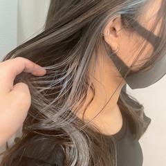 グレー アッシュグレー グレーアッシュ インナーカラー ヘアスタイルや髪型の写真・画像