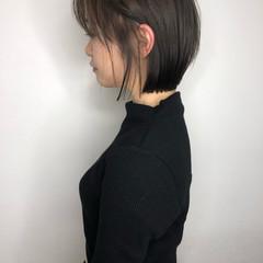 ナチュラル ショートヘア グレージュ 大人可愛い ヘアスタイルや髪型の写真・画像