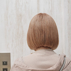 ナチュラル ミルクティーベージュ ミルクティーアッシュ ナチュラルベージュ ヘアスタイルや髪型の写真・画像