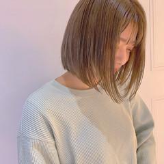 ミニボブ 切りっぱなしボブ ボブ シアーベージュ ヘアスタイルや髪型の写真・画像