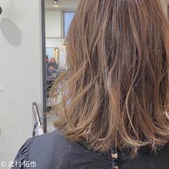 透明感カラー ロブ ミディアム シアーベージュ ヘアスタイルや髪型の写真・画像