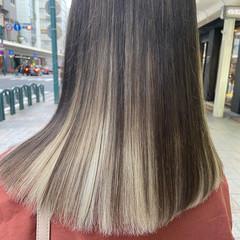 ブリーチ ミディアム ホワイトブリーチ ブリーチカラー ヘアスタイルや髪型の写真・画像