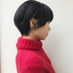 ナチュラル 小顔 ショート かっこいい ヘアスタイルや髪型の写真・画像