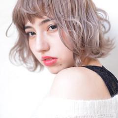 アッシュベージュ ボブ 透明感カラー ハイトーンカラー ヘアスタイルや髪型の写真・画像