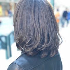 ミディアム グレージュ アッシュグレージュ 女子力 ヘアスタイルや髪型の写真・画像