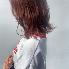 ピンクブラウン オレンジブラウン レッドカラー フェミニン ヘアスタイルや髪型の写真・画像