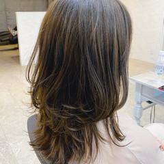 ロング ナチュラル レイヤーカット 大人かわいい ヘアスタイルや髪型の写真・画像