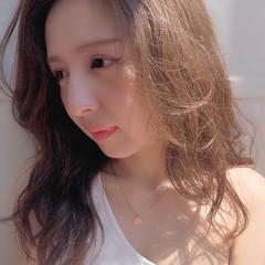 セミロング ハイライト ヘアアレンジ デジタルパーマ ヘアスタイルや髪型の写真・画像