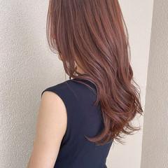 暖色 ピンクブラウン レイヤーカット ロング ヘアスタイルや髪型の写真・画像