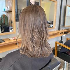韓国風ヘアー ミディアム ミディアムレイヤー ナチュラル ヘアスタイルや髪型の写真・画像