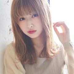 ダブルカラー 毛先パーマ ナチュラル レイヤースタイル ヘアスタイルや髪型の写真・画像