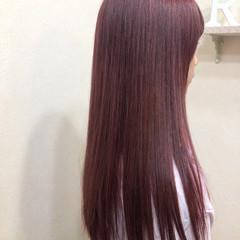ピンク 派手髪 ブリーチカラー チェリーピンク ヘアスタイルや髪型の写真・画像