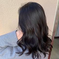 ブリーチなし セミロング イルミナカラー 暗髪 ヘアスタイルや髪型の写真・画像