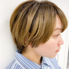 ショートボブ 小顔ショート ナチュラル ショート ヘアスタイルや髪型の写真・画像