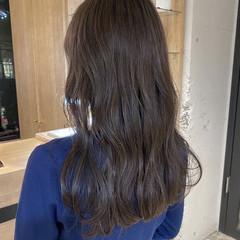 暗髪 透明感カラー ブルージュ ナチュラル ヘアスタイルや髪型の写真・画像