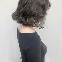 切りっぱなし 色気 外ハネ ボブ ヘアスタイルや髪型の写真・画像