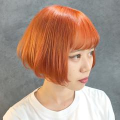 オレンジ オレンジカラー 염색 ブリーチ必須 ヘアスタイルや髪型の写真・画像