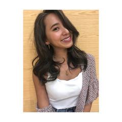 ミディアム 外国人風カラー 地毛ハイライト 3Dハイライト ヘアスタイルや髪型の写真・画像