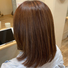 ナチュラル ミディアム まとまるボブ 髪質改善トリートメント ヘアスタイルや髪型の写真・画像