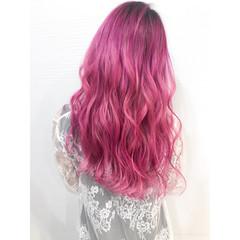 ラベンダーピンク ロング お洒落に ピンク ヘアスタイルや髪型の写真・画像
