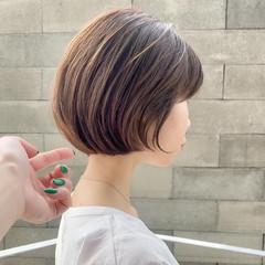 ミニボブ ショートボブ ミルクティーベージュ ボブ ヘアスタイルや髪型の写真・画像