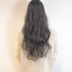 スタイリング ゆるウェーブ デート ロング ヘアスタイルや髪型の写真・画像