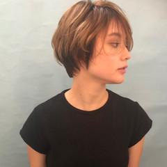 ベリーショート イルミナカラー ショート ショートボブ ヘアスタイルや髪型の写真・画像
