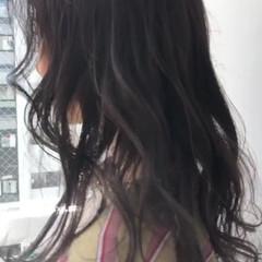 暗髪女子 ダークカラー ダークグレー ロング ヘアスタイルや髪型の写真・画像