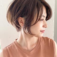 ハンサムショート アンニュイほつれヘア オフィス デジタルパーマ ヘアスタイルや髪型の写真・画像