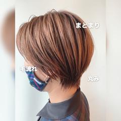 大人ショート ハンサムショート ナチュラル ショートヘア ヘアスタイルや髪型の写真・画像