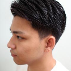 メンズ メンズスタイル ナチュラル ツーブロック ヘアスタイルや髪型の写真・画像